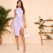 Strick Kleid mit Stehkragen, Selbstguertel und Schlitz