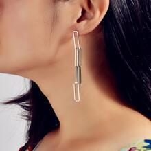 Geometric Chain Design Drop Earrings