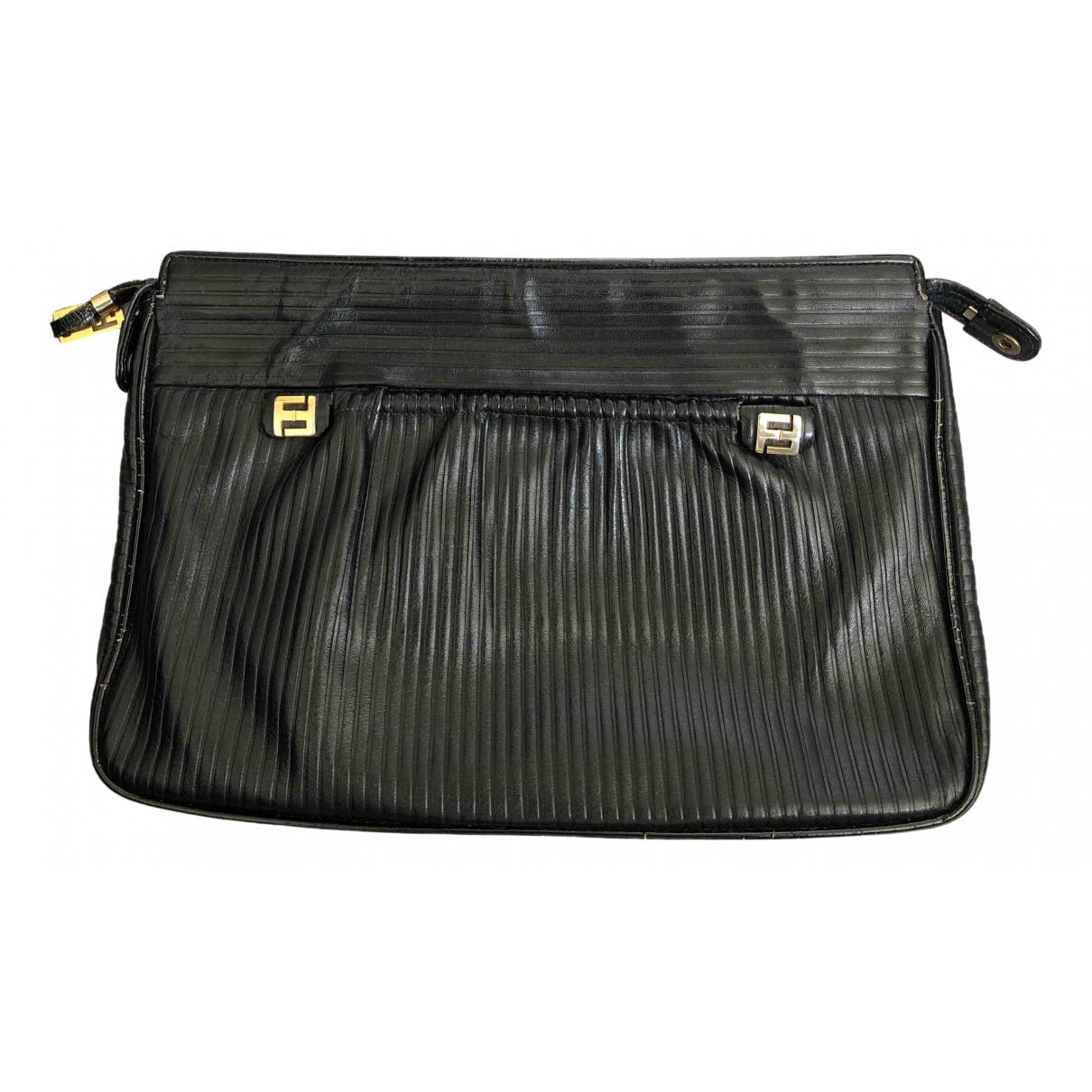 Fendi N Black Leather Clutch bag for Women N