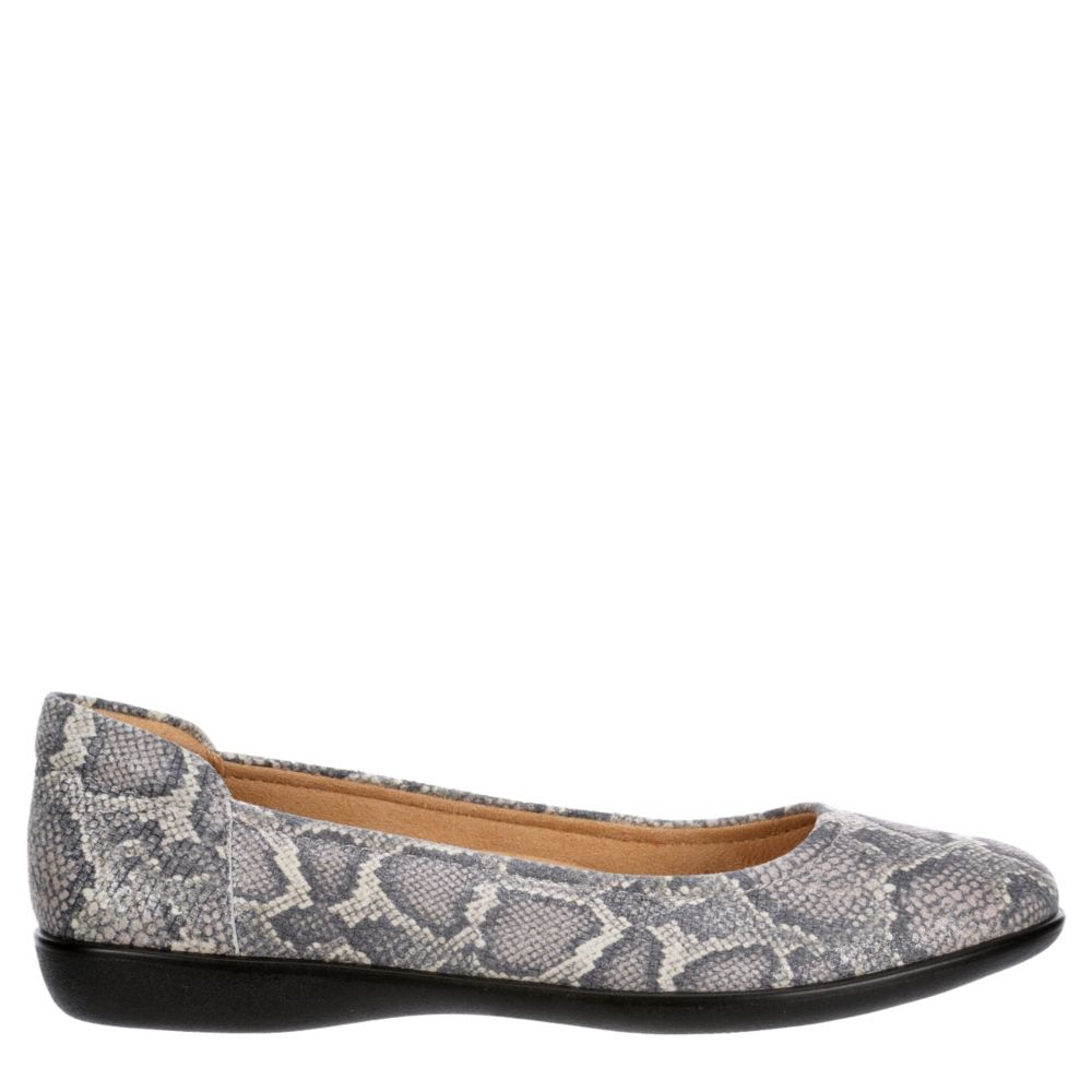 Naturalizer Womens Flexy Flat Flats