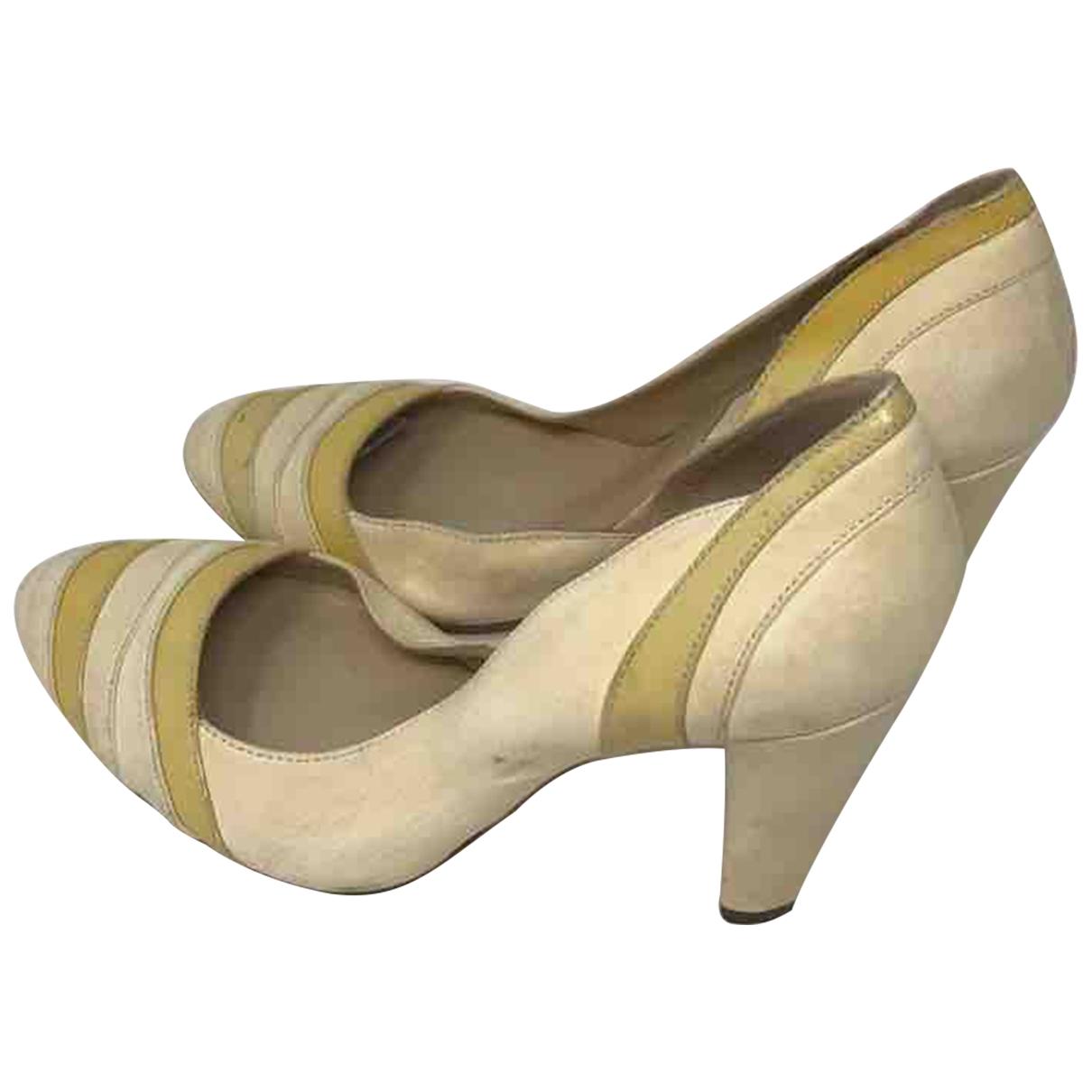 Gianfranco Ferre - Escarpins   pour femme en cuir - jaune
