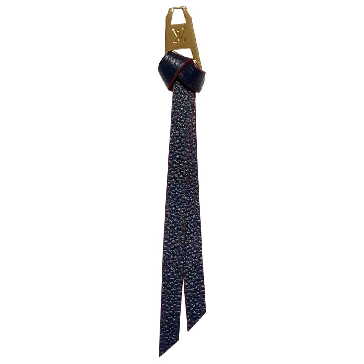 Louis Vuitton \N Taschenschmuck in  Marine Leder