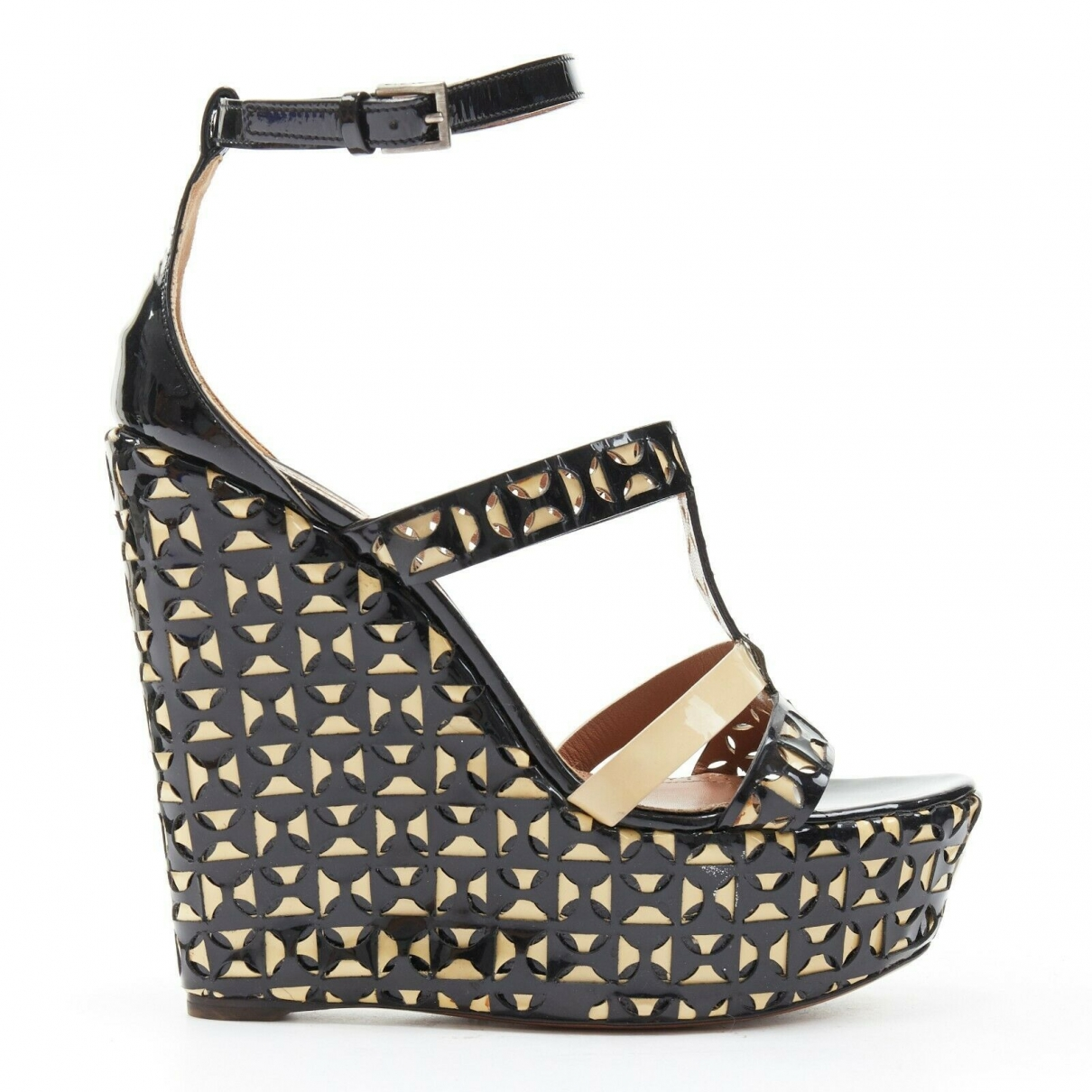 Alaïa \N Black Patent leather Sandals for Women 39 EU