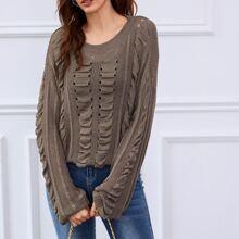 Pullover mit sehr tief angesetzter Schulterpartie, Ose Detail ohne Cami Top