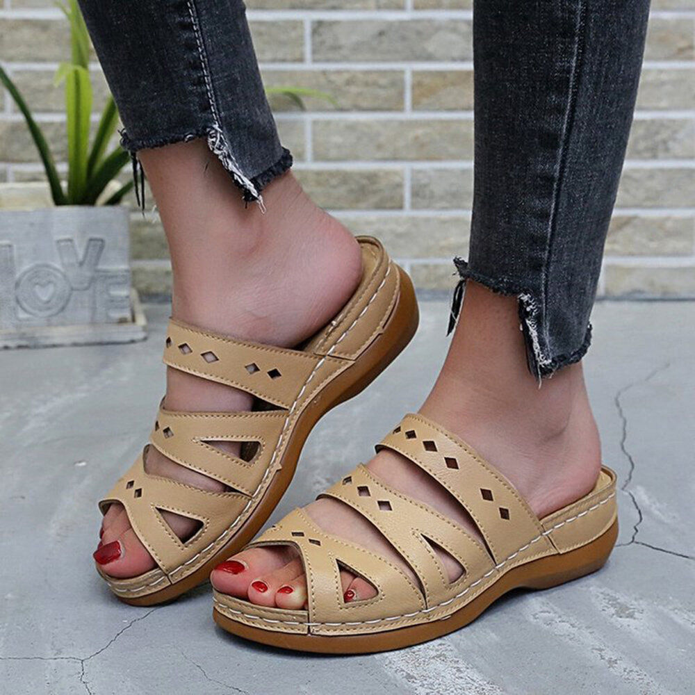 Plus Size Retro Women Hollow Comfy Wedges Beach Slippers