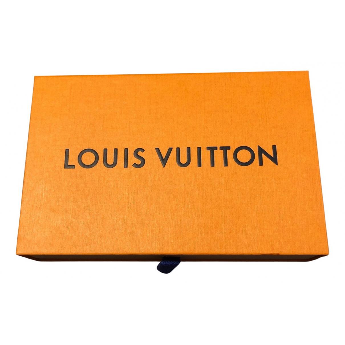 Objeto de decoracion Louis Vuitton
