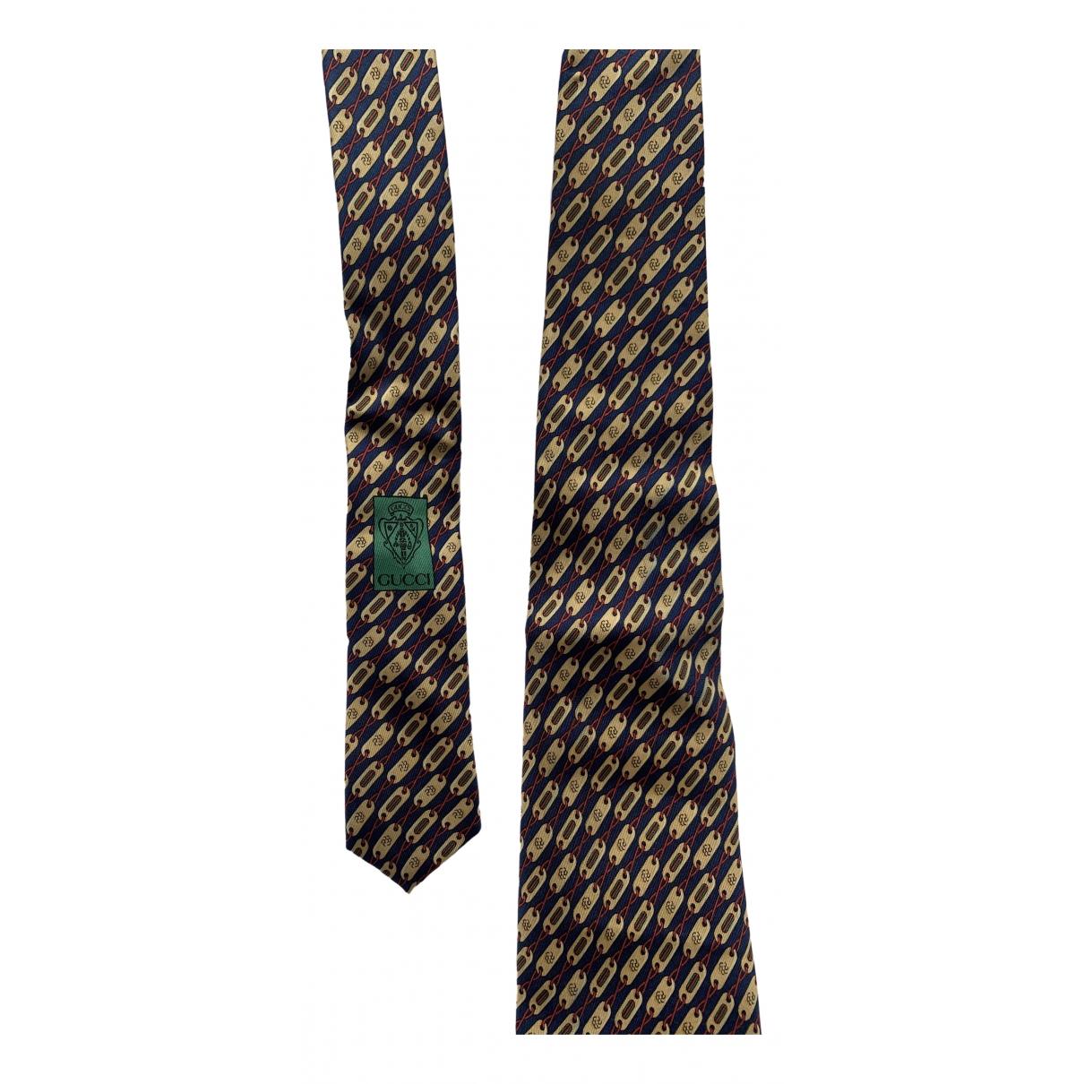 Gucci \N Krawatten in  Bordeauxrot Seide