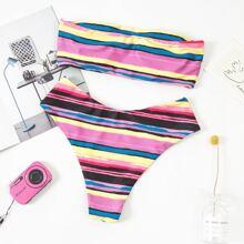 Bandeau Bikini Badeanzug mit buntem Streifen