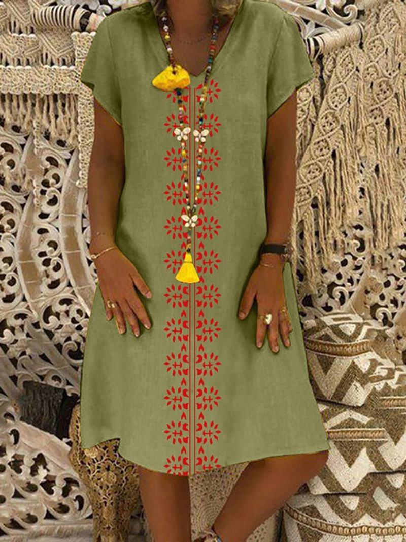 Ericdress Print V-Neck Knee-Length Casual Geometric Dress(Without Necklace)