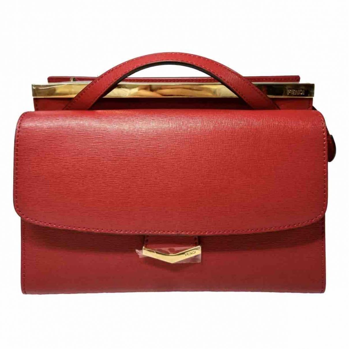 Fendi \N Red Leather handbag for Women \N
