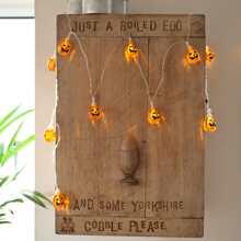 1 Stueck 1,5M Lichterkette und 10 Stuecke Halloween Kuerbis formige Birnen
