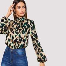 Blusa de leopardo de cuello fruncido de manga farol