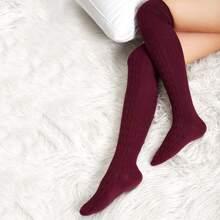 Calcetines sencillos sobre rodilla