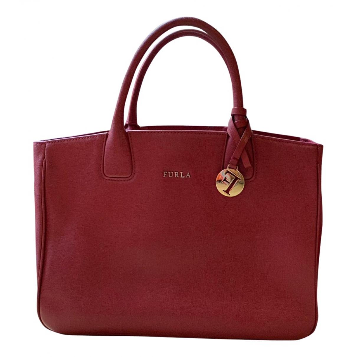 Furla \N Handtasche in  Bordeauxrot Leder