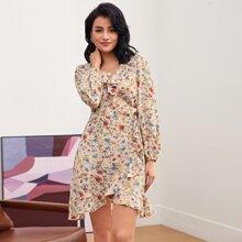 Kleid mit Rueschen Detail, V-Kragen, Wickel Design, Knoten und Blumen Muster