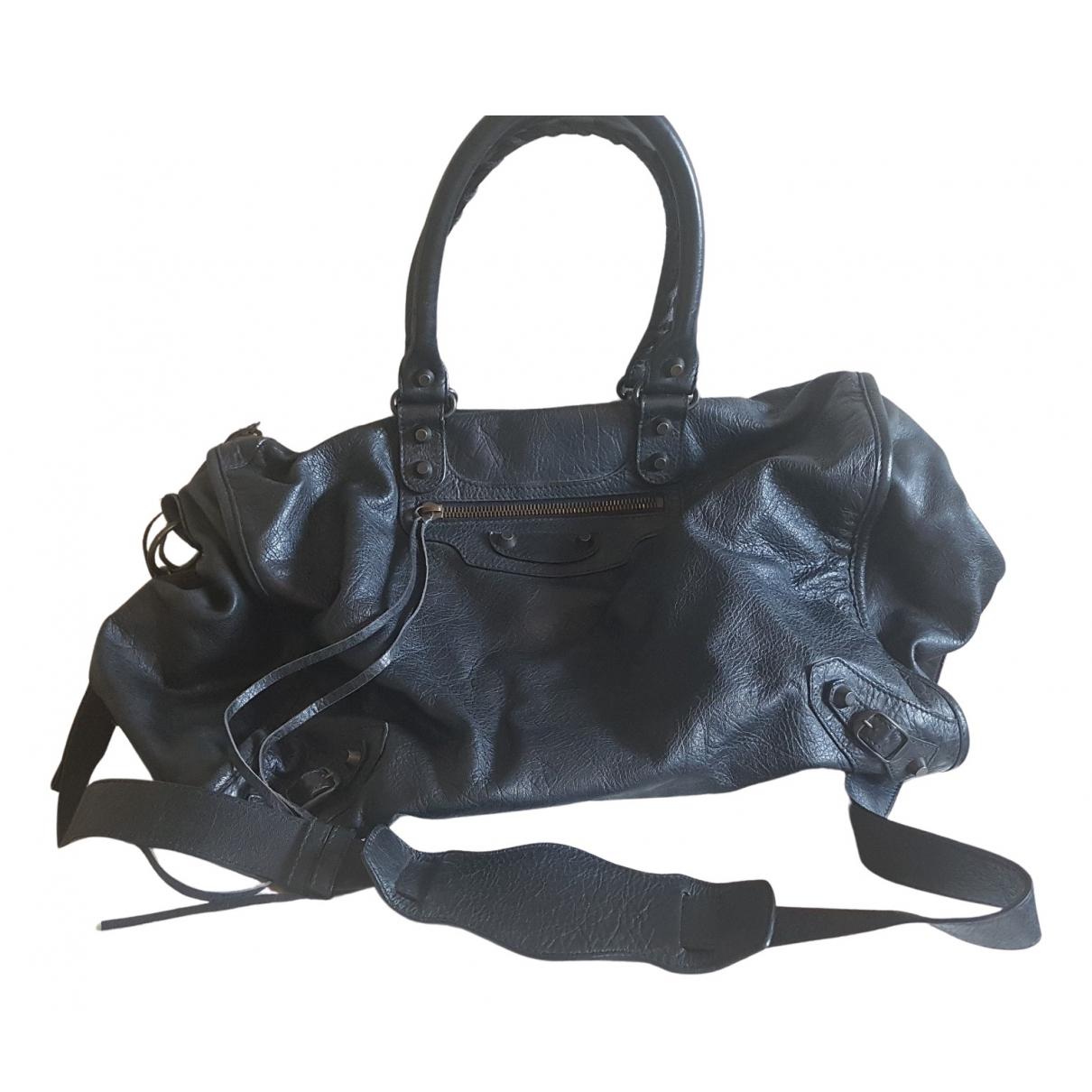 Balenciaga Weekender Handtasche in  Schwarz Leder