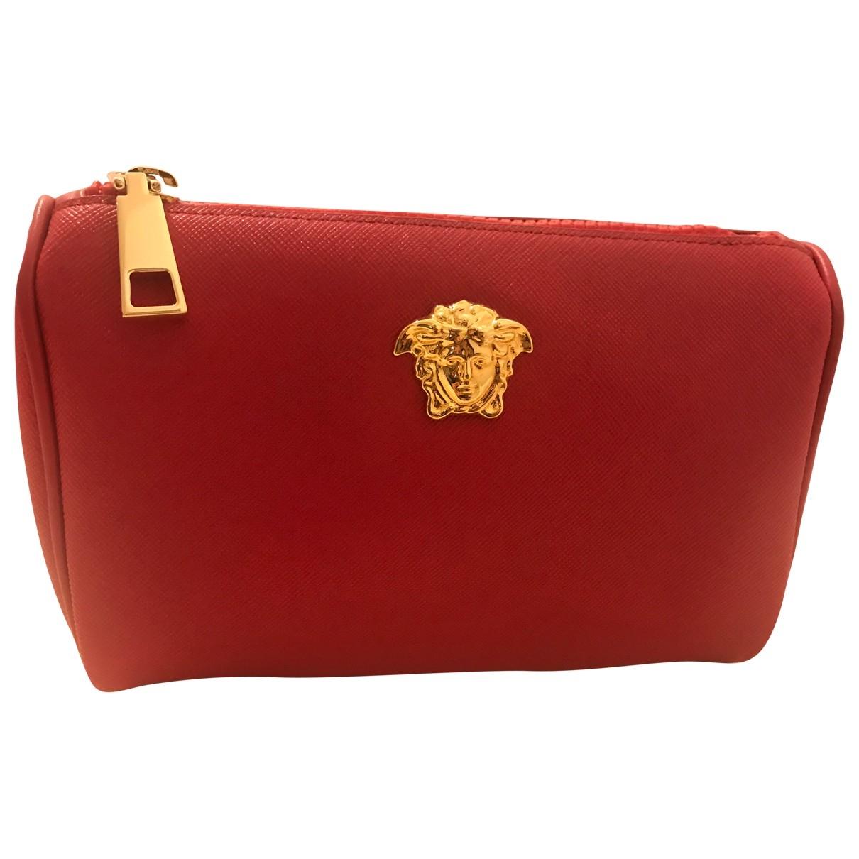 Versace - Sac de voyage   pour femme en cuir - rouge