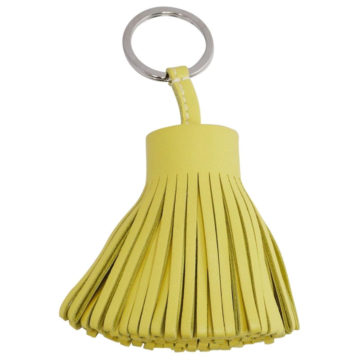 Hermes - Bijoux de sac Carmen pour femme en cuir - jaune