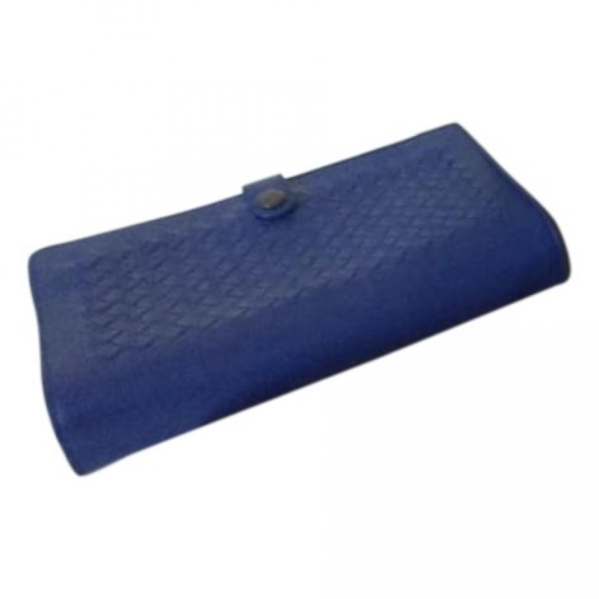 Bottega Veneta \N Portemonnaie in  Blau Leder