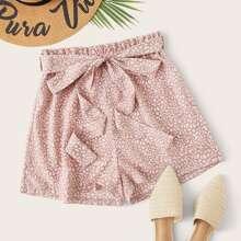 Shorts mit Papiertasche Taille, Guertel und Leopard Muster