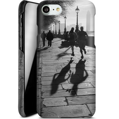 Apple iPhone 8 Smartphone Huelle - Walk If You Must von Ronya Galka
