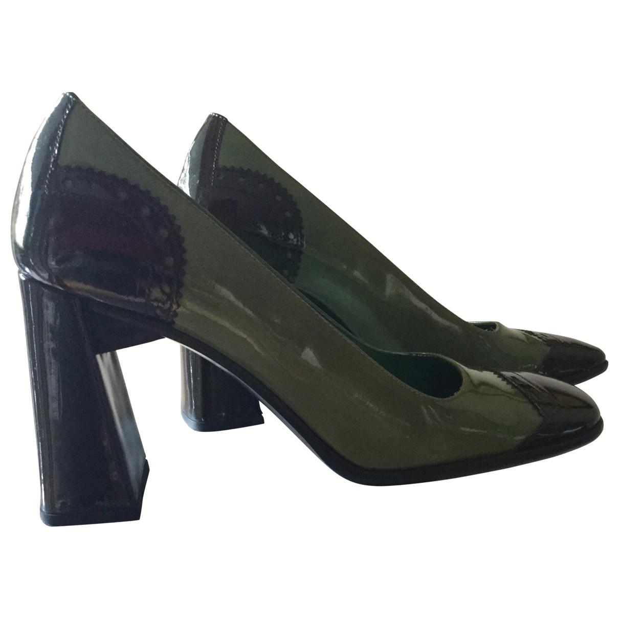Prada - Escarpins   pour femme en cuir verni - vert
