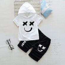 Kleinkind Jungen T-Shirt mit Buchstaben Grafik, Kapuze und Hose