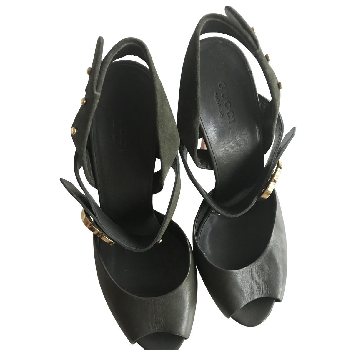 Gucci \N Khaki Leather Sandals for Women 37 EU