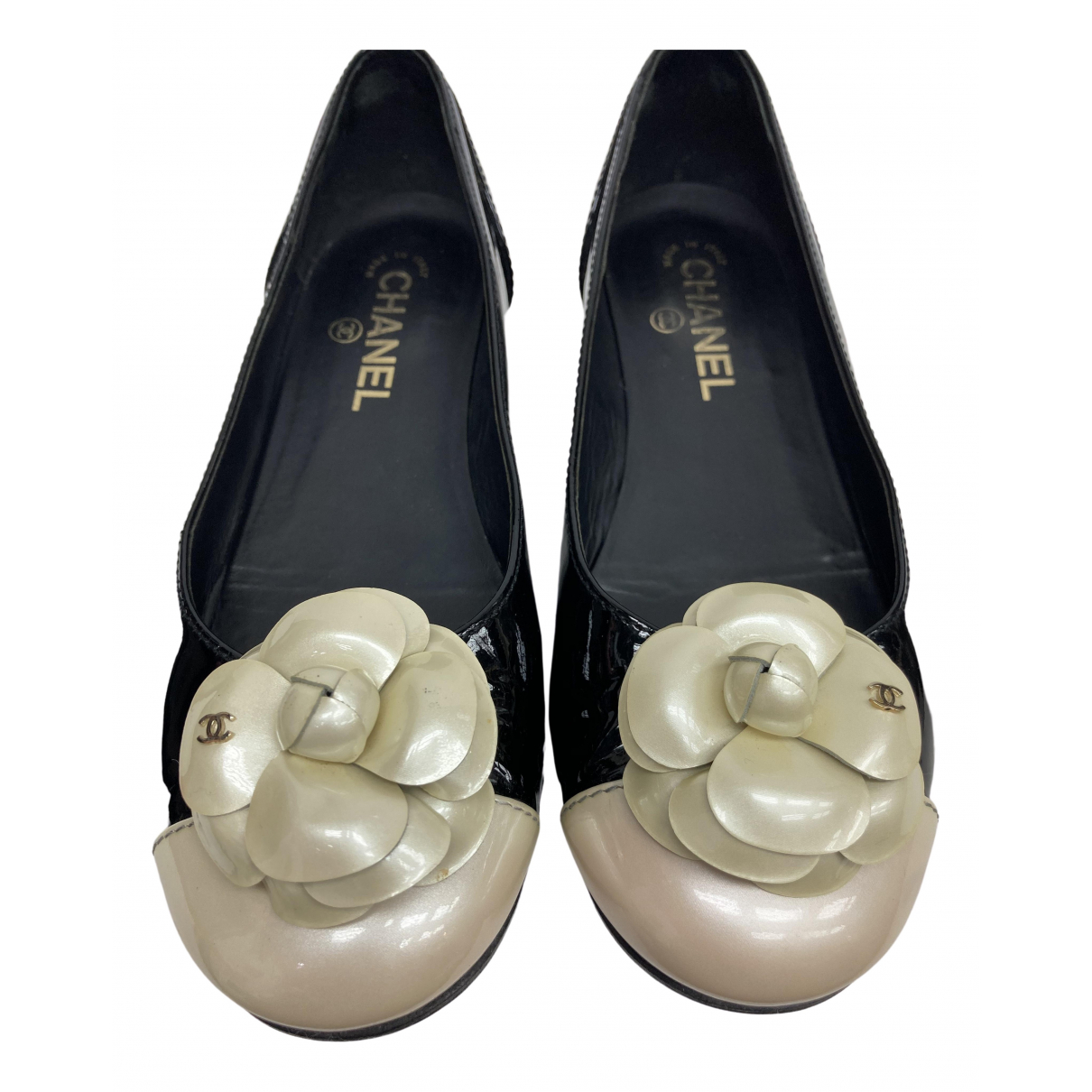 Chanel \N Black Patent leather Ballet flats for Women 38 EU