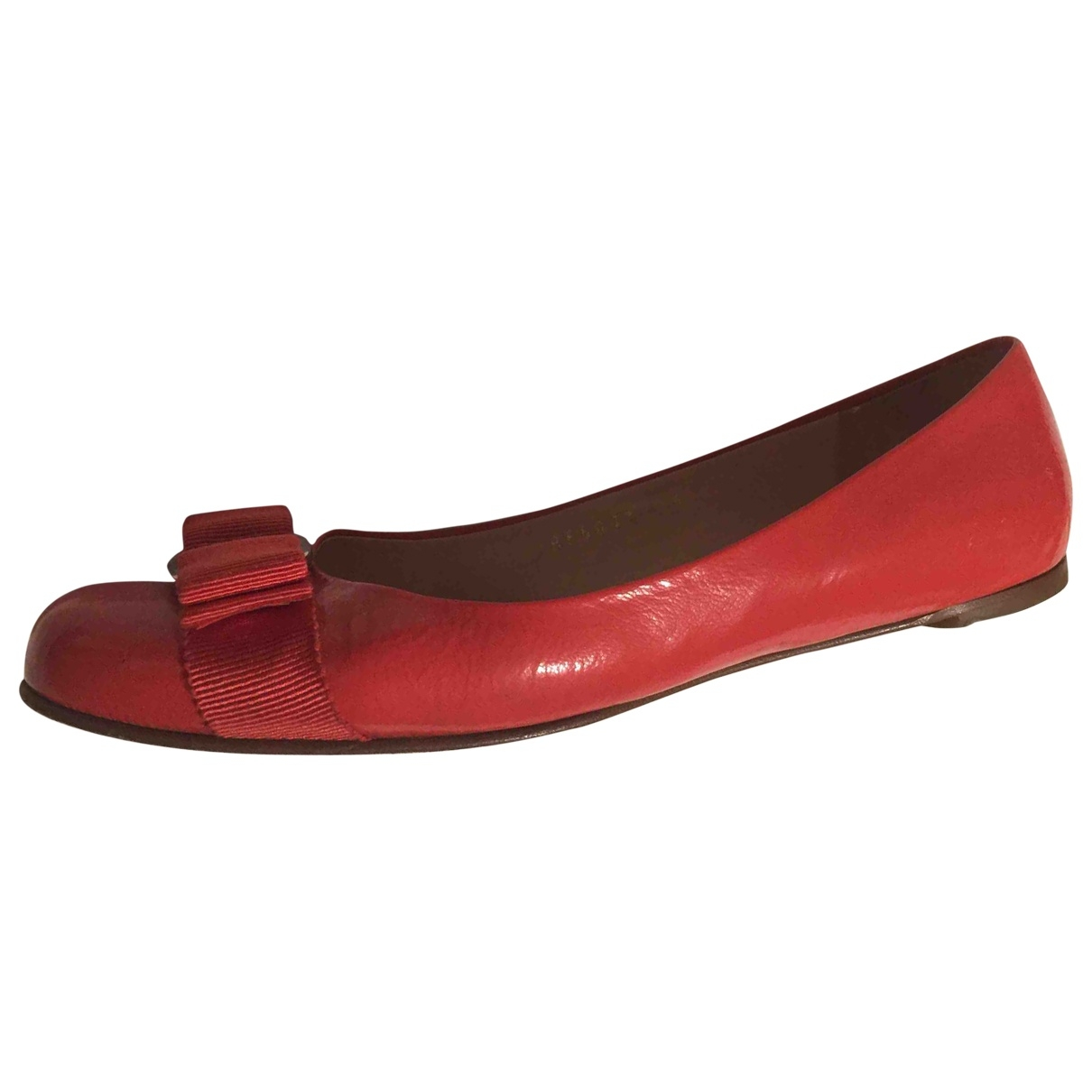 Salvatore Ferragamo \N Orange Patent leather Ballet flats for Women 7 US