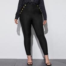 Pantalones ajustados con botones