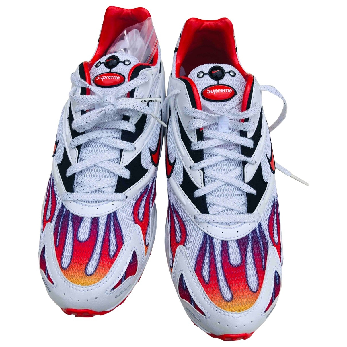 Nike X Supreme Zoom Streak Spectrum Plus Sneakers in  Weiss Leinen