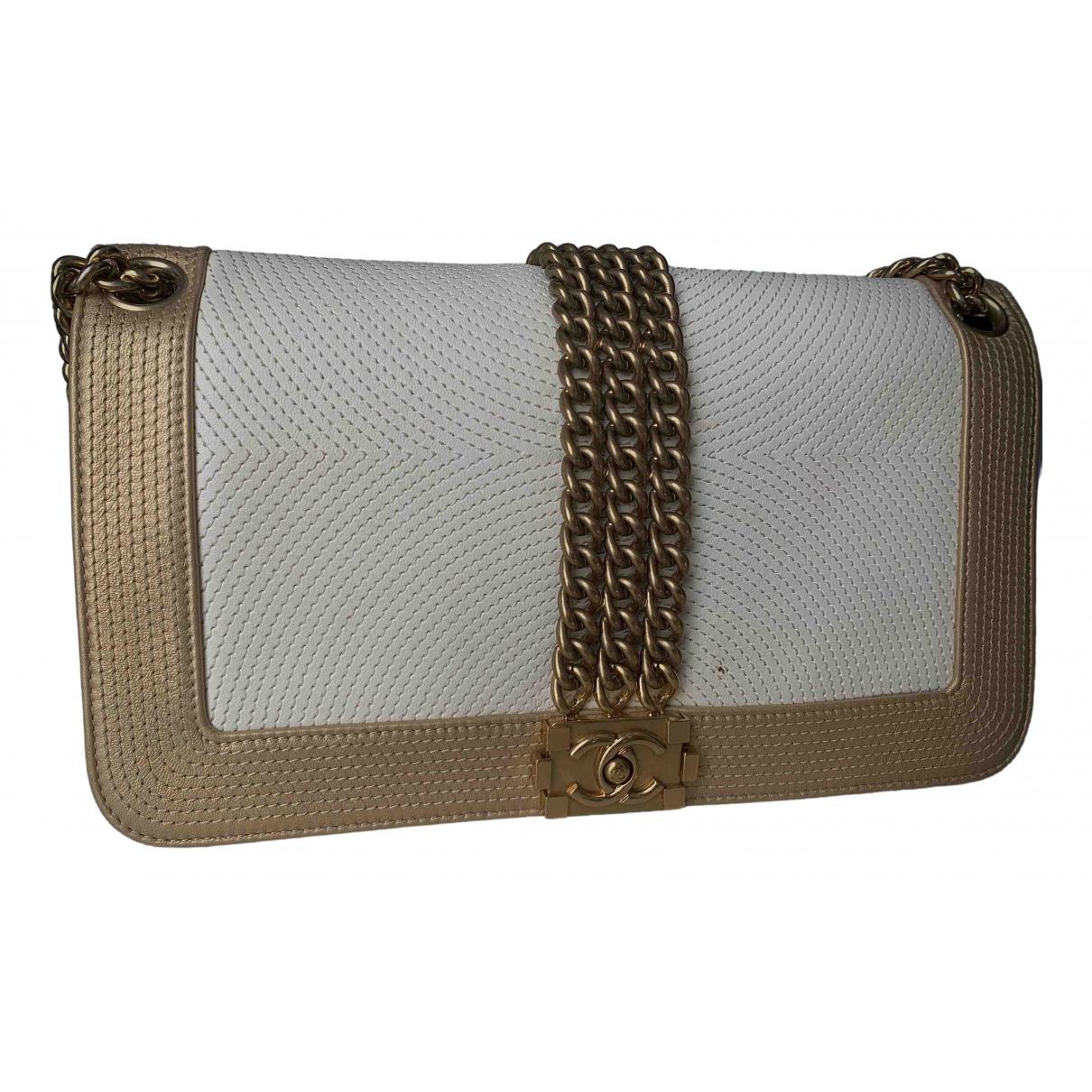 Chanel \N Ecru Cloth handbag for Women \N