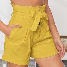 Denim Shorts mit hoher Taille und Guertel
