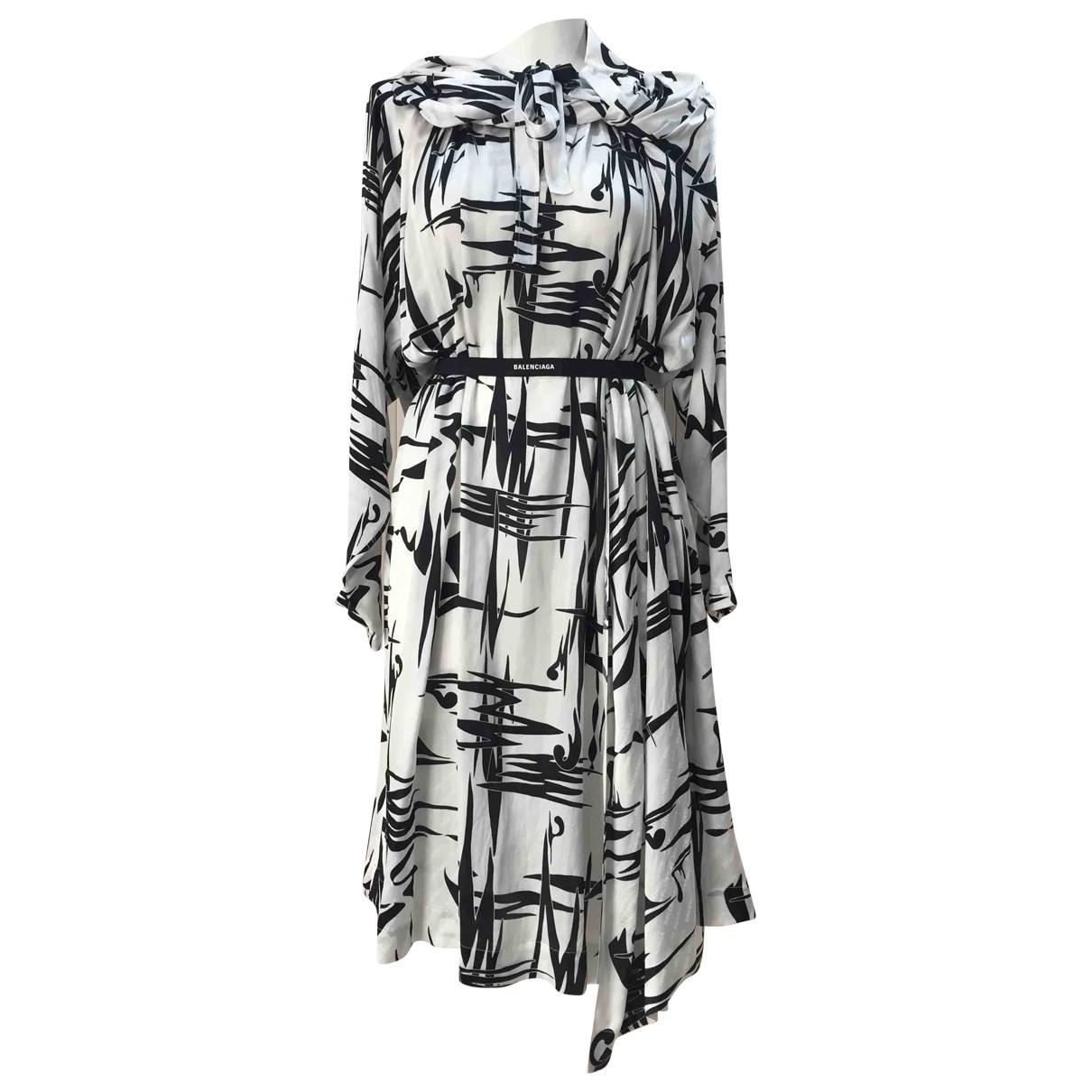 Balenciaga \N Kleid in  Weiss Seide