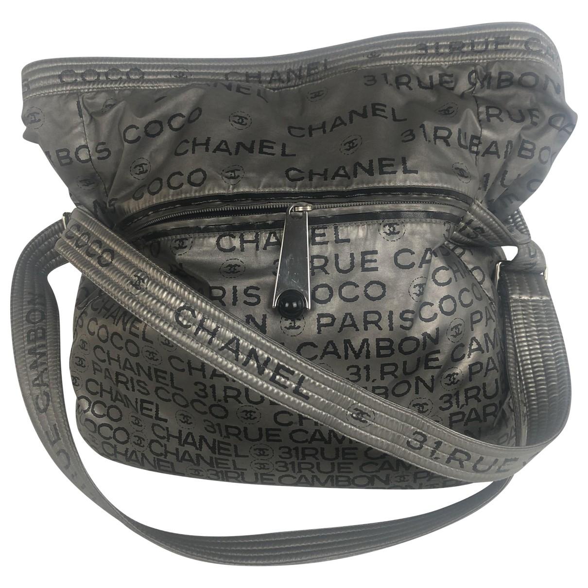 Chanel \N Handtasche in  Silber Leinen