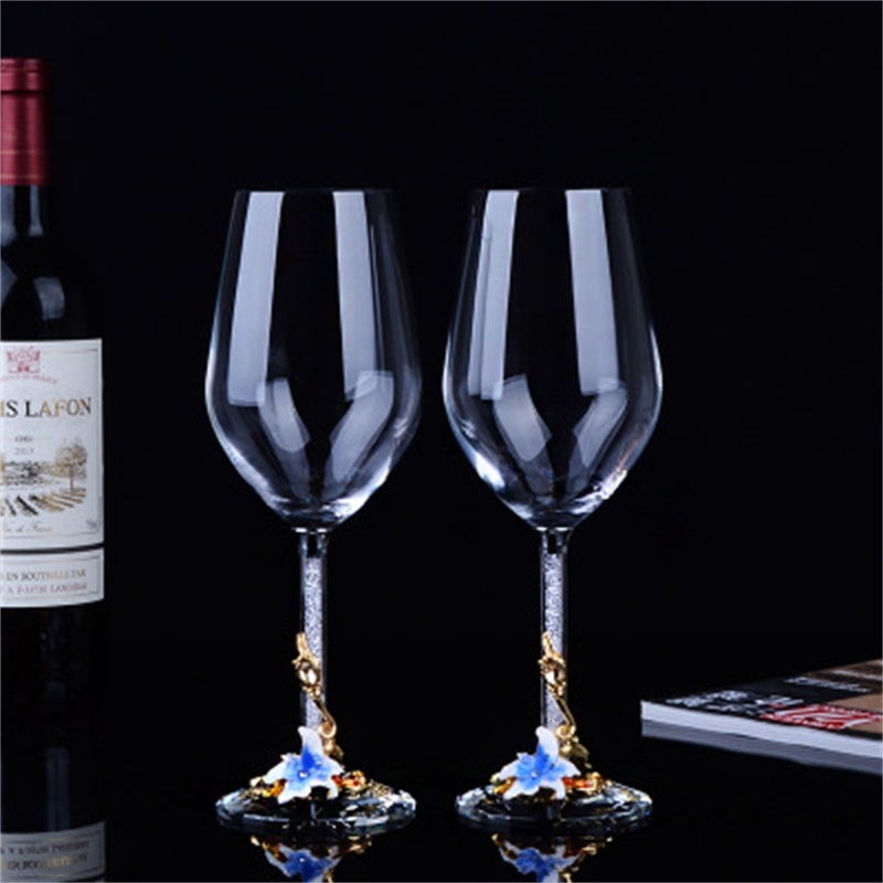 Elegant and Modern Style Flowers Pattern Wine Glasses 1-Pair Wedding Gift
