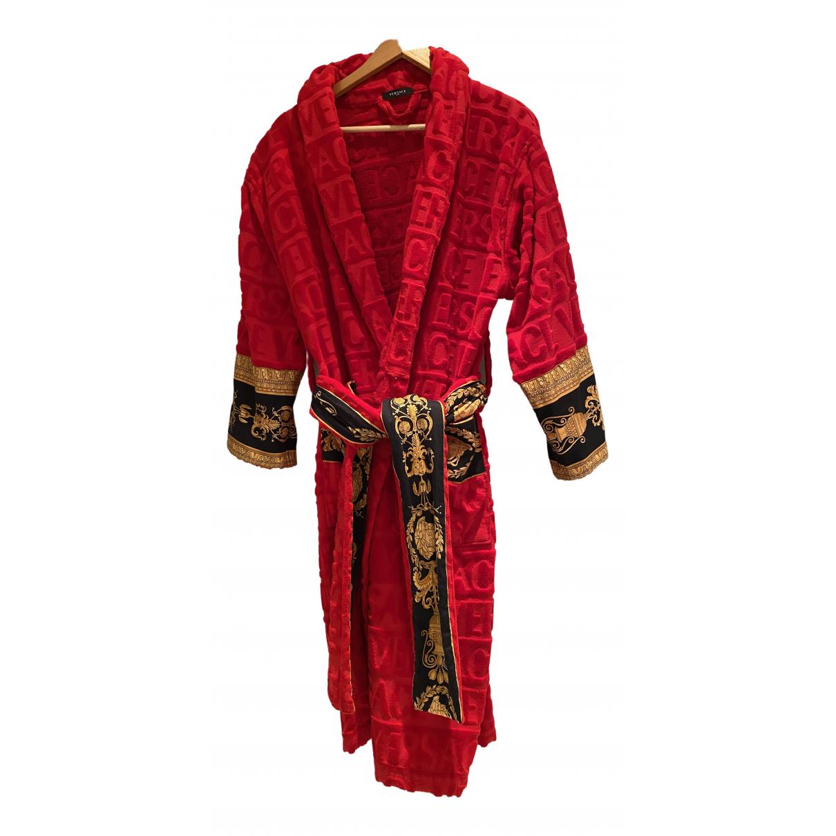 Versace \N Heimtextilien in  Rot Baumwolle