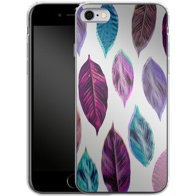 Apple iPhone 6 Silikon Handyhuelle - Pink Leaves 2 von Mareike Bohmer