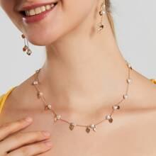 Halskette mit Kunstperlen und Herzen Dekor