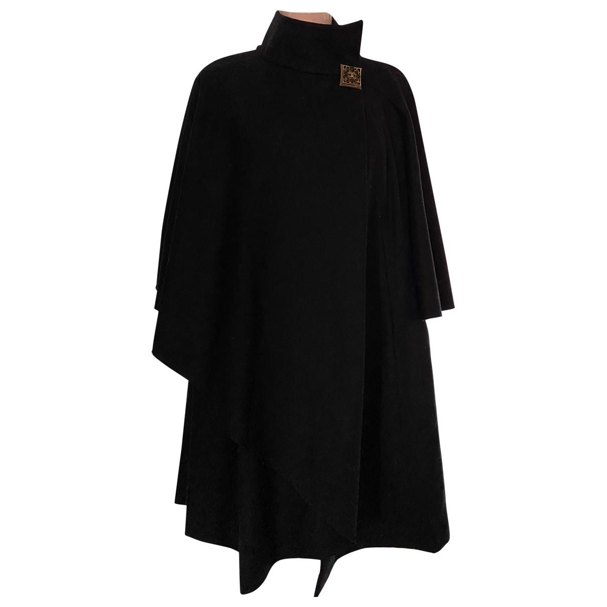 Chanel N Black Wool coat for Women 34 FR