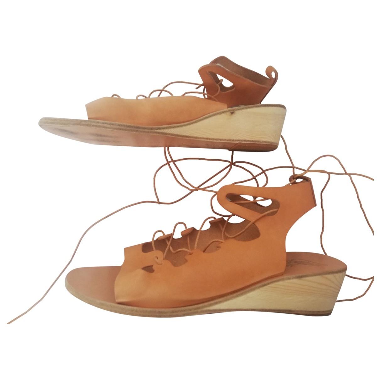 Ancient Greek Sandals \N Sandalen in  Beige Leder