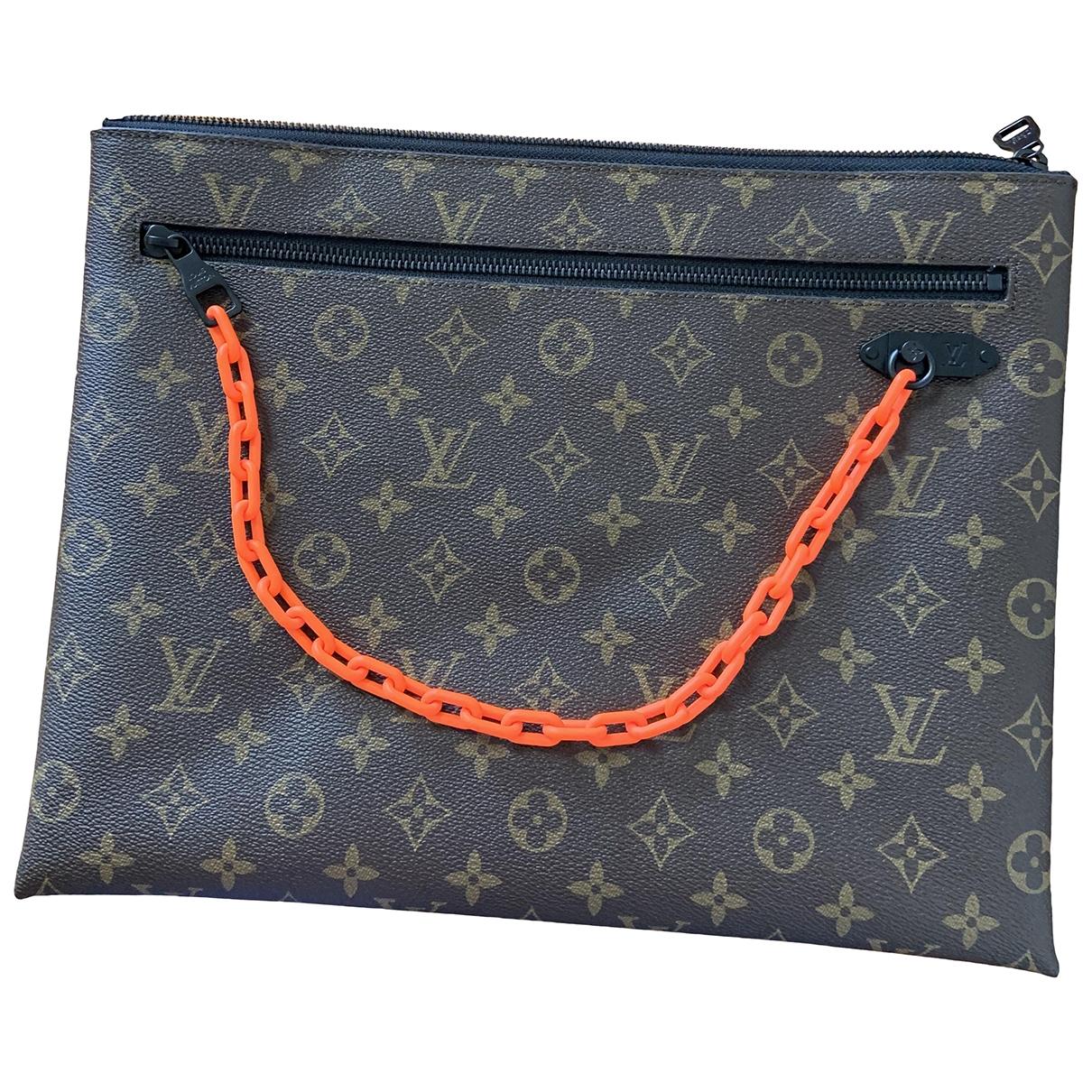 Bolso Pochette A4 de Lona Louis Vuitton