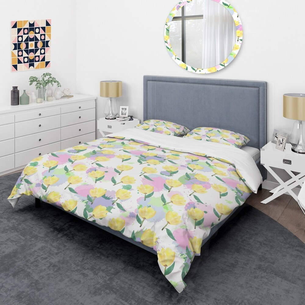 Designart 'Floral pattern with flowers' Mid-Century Duvet Cover Set (Twin Cover + 1 sham (comforter not included))