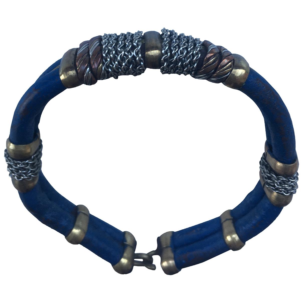 - Bracelet   pour femme en cuir - bleu