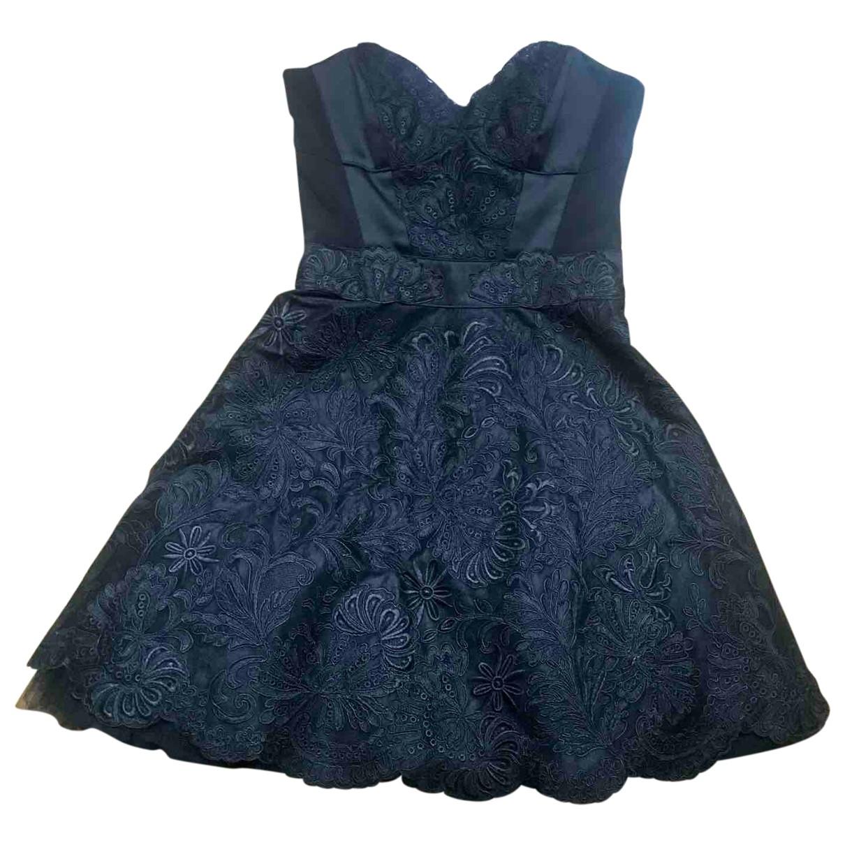 Karen Millen \N Kleid in  Schwarz Spitze
