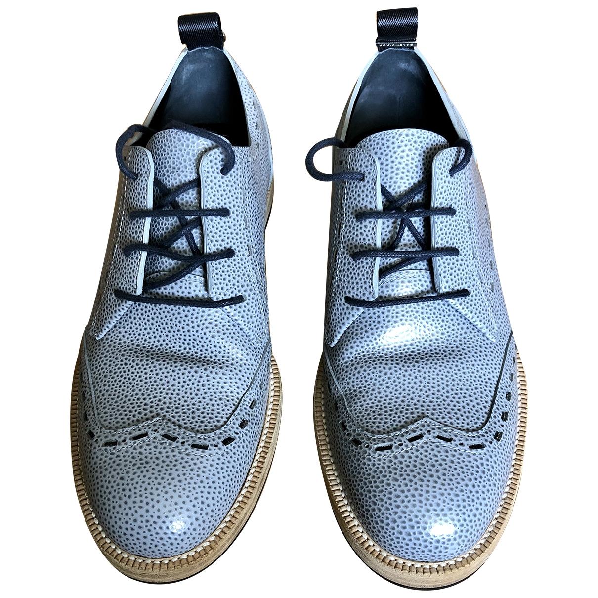 Balenciaga \N Schnuerschuhe in  Grau Leder