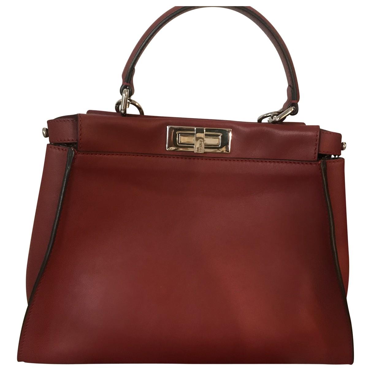 Fendi Peekaboo Handtasche in  Rot Leder