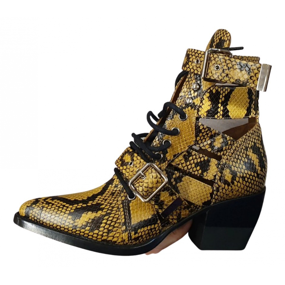 Chloé Rylee Yellow Leather Ankle boots for Women 37.5 EU