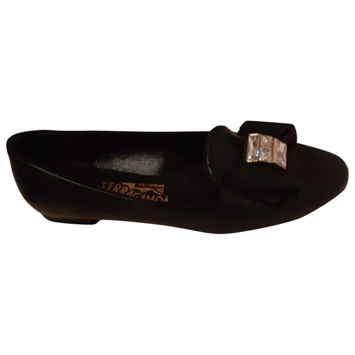 Salvatore Ferragamo \N Black Leather Flats for Women 37.5 EU